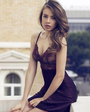 Xenia tchoumitcheva lingerie