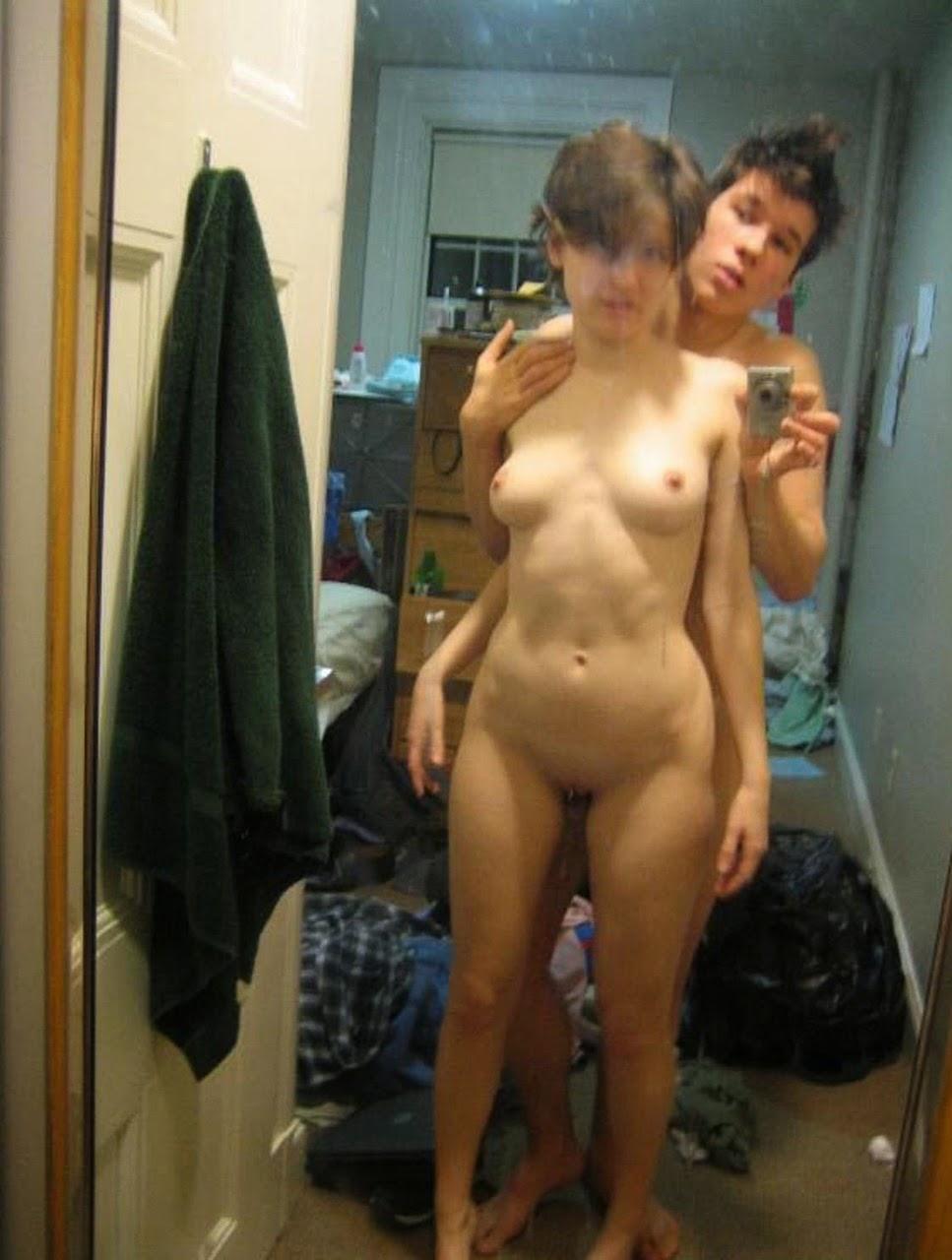 Nude selfie sex