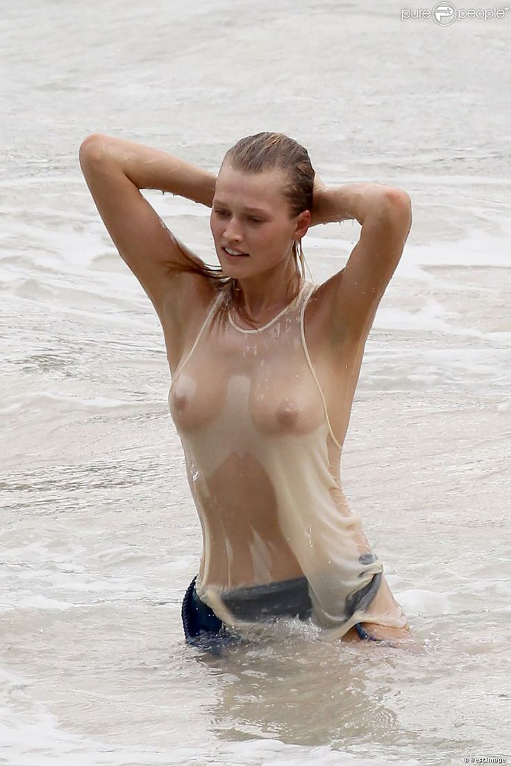 Wet shirt nipples