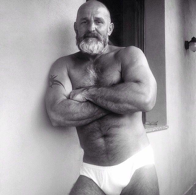 posing Mature gay men
