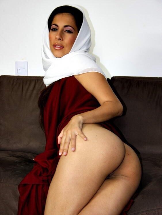 Mature arab women nude