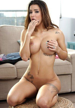 Lesbian big tit brunette porn star
