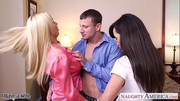Lisa ann nikki benz naughty america