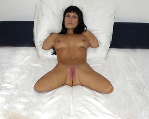 Quad amputee woman having sex