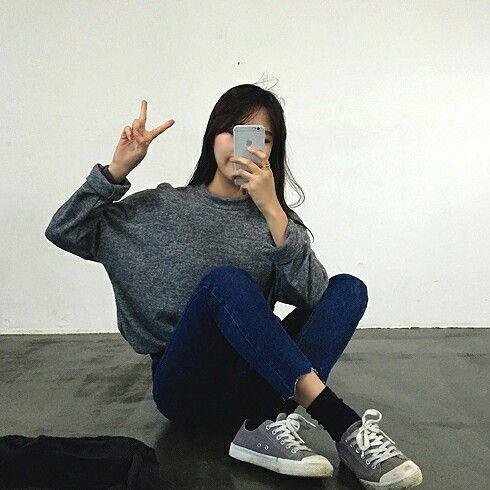 Asian girls mirror selfie