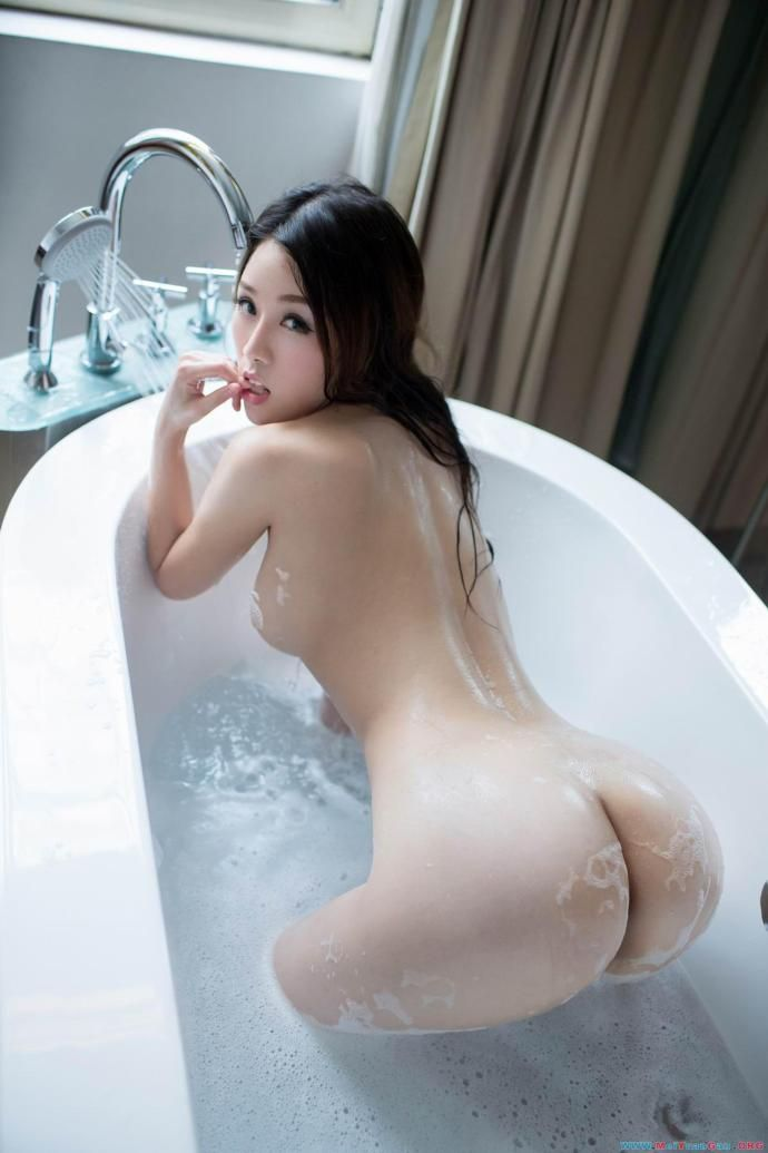 Nude asian girls asses