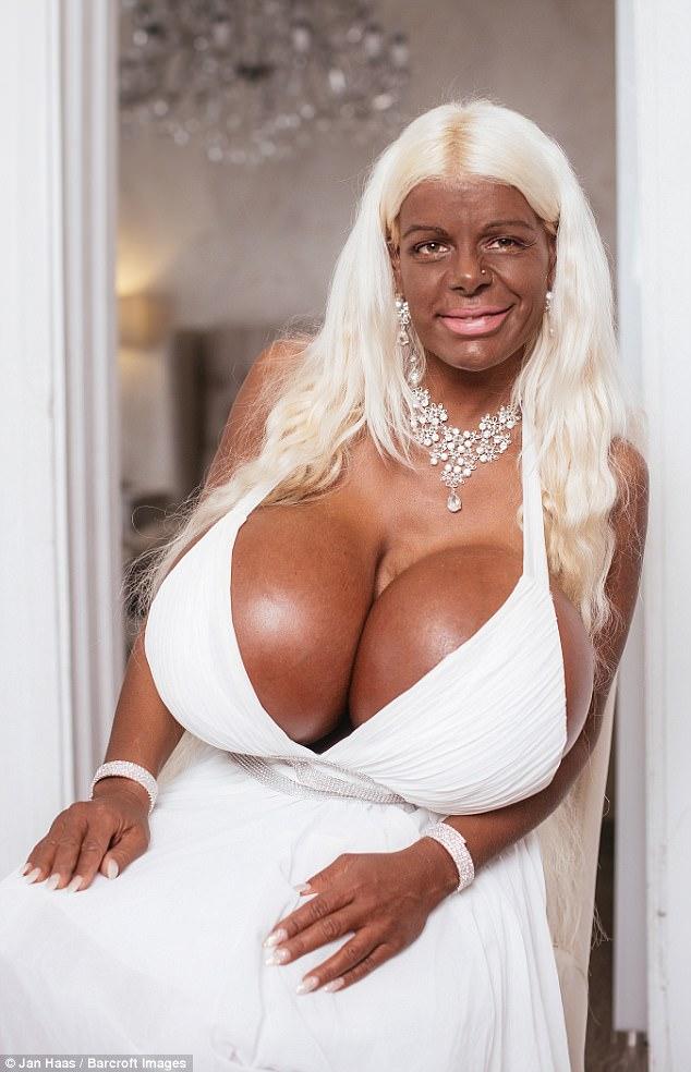 Nice hanging tits bbw
