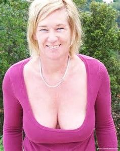 Hot mature cleavage
