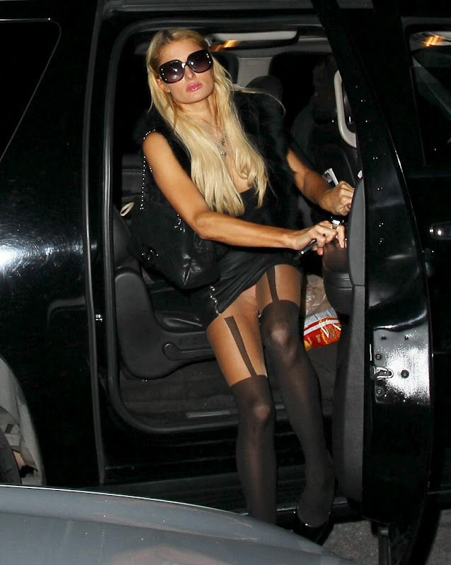 and nicky upskirt Paris hilton