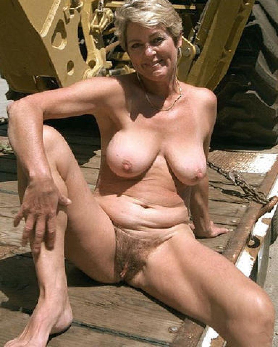 Naked grannies porn