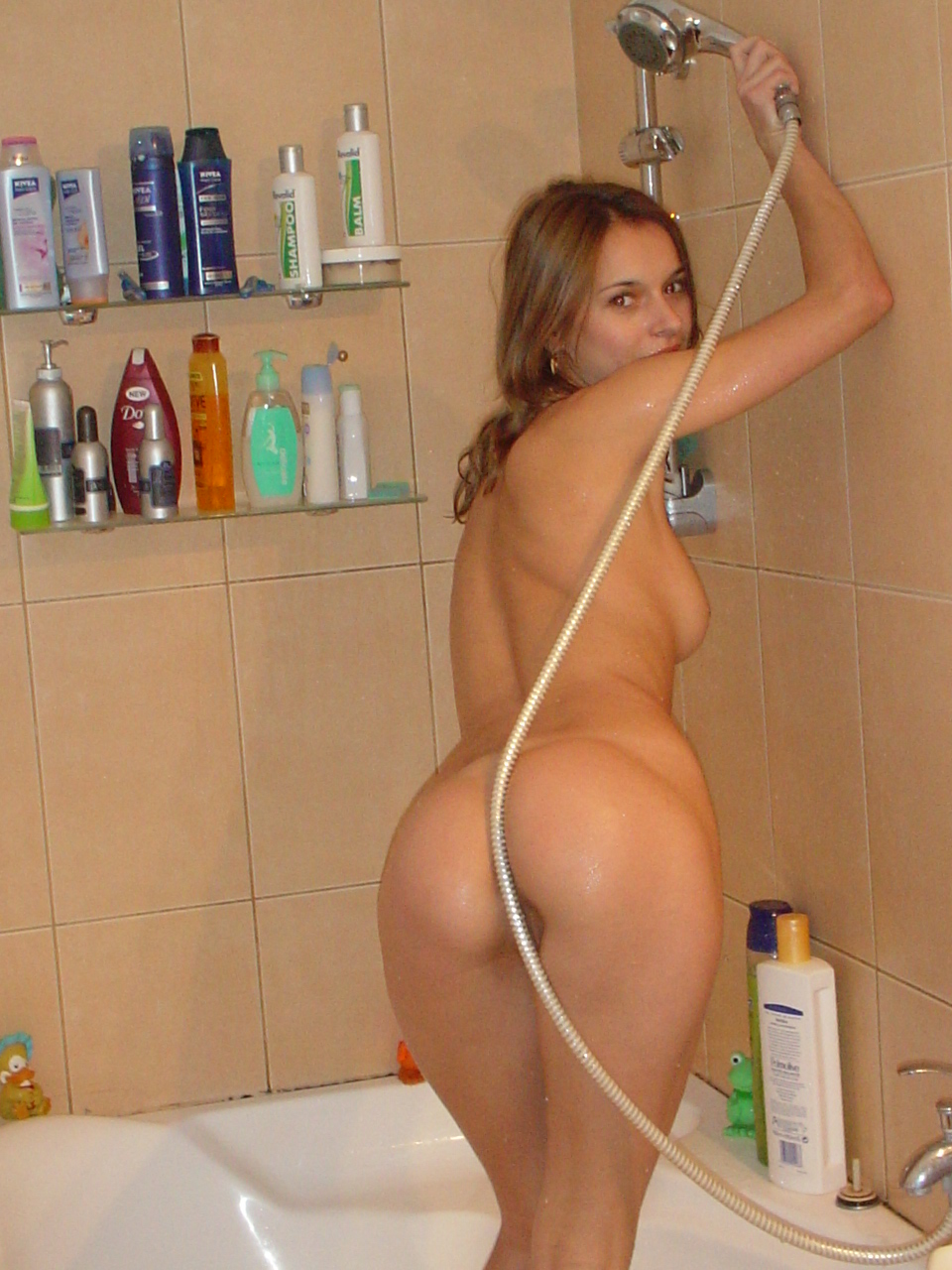 Amateur housewife nude