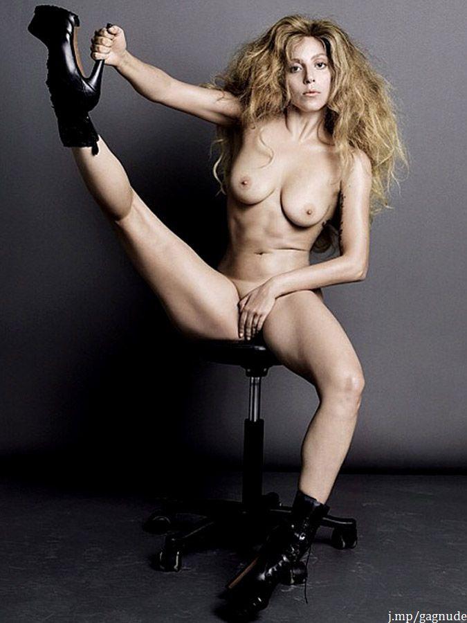uncensored Girl totally naked