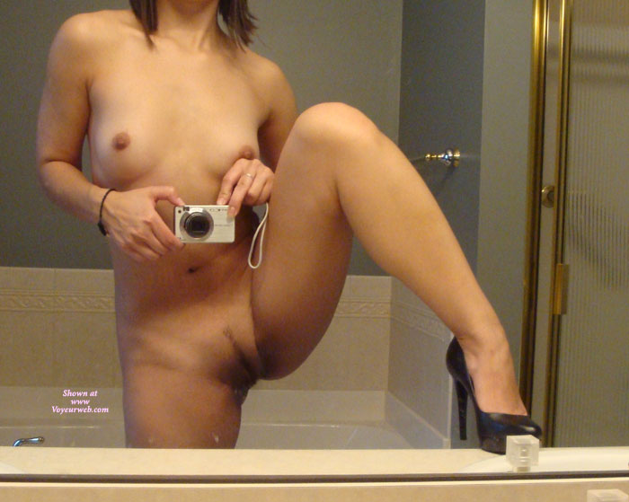 Amateur nude self shot pussy