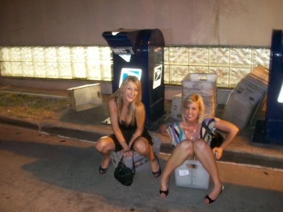 Real drunk girls peeing
