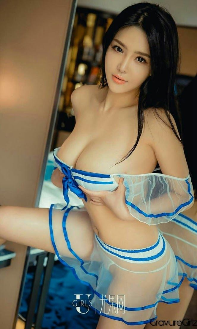Hot sexy naked asian ladies with