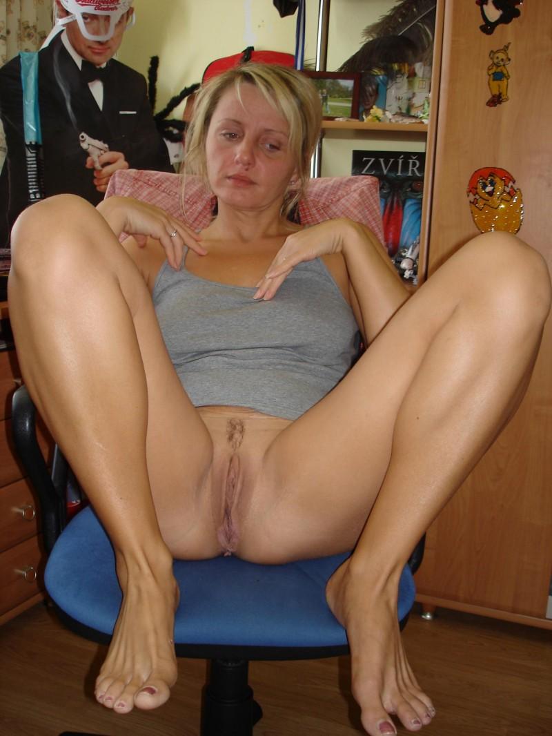 Mature anal club pics