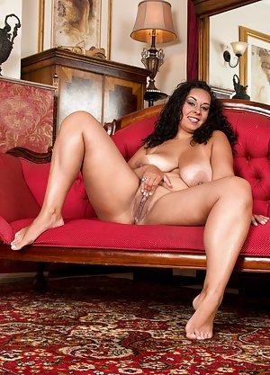 Hot hispanic woman s pussies