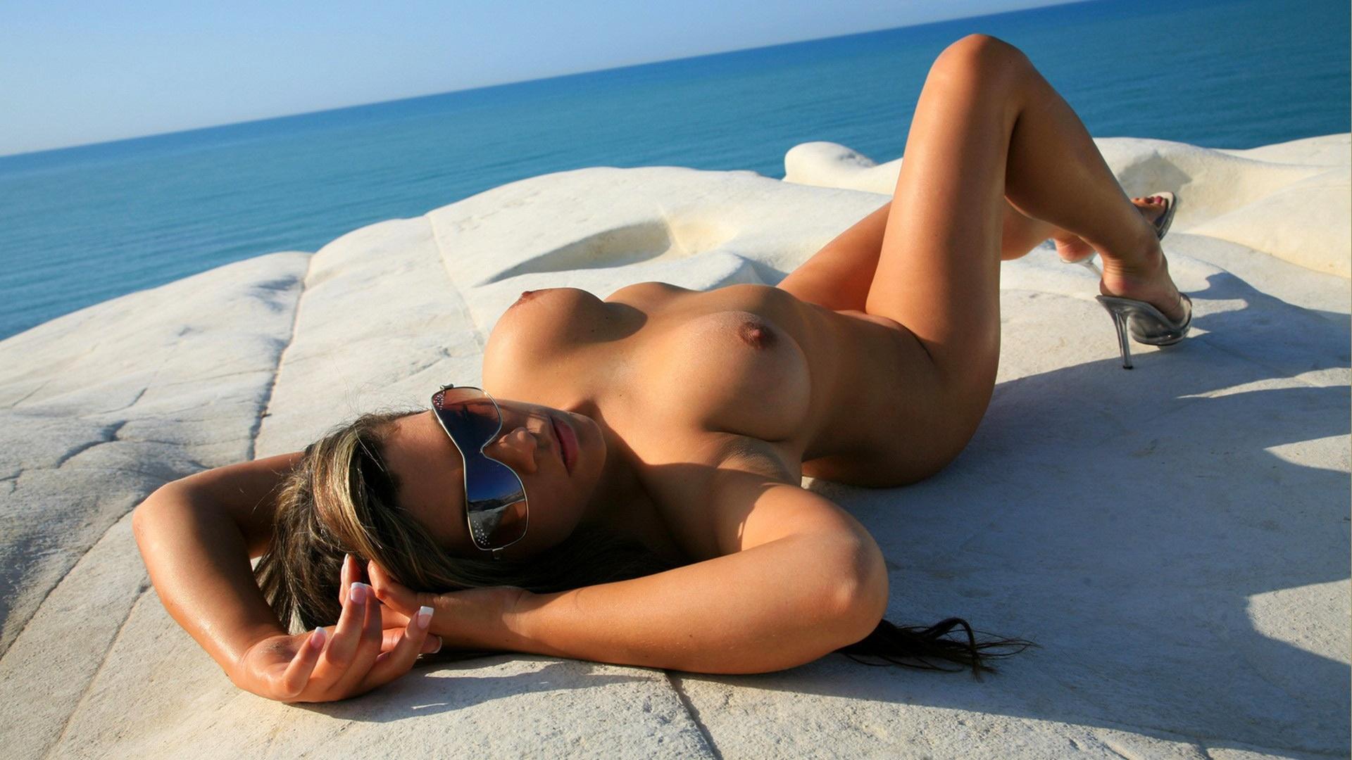 girl sunglasses beach Nude