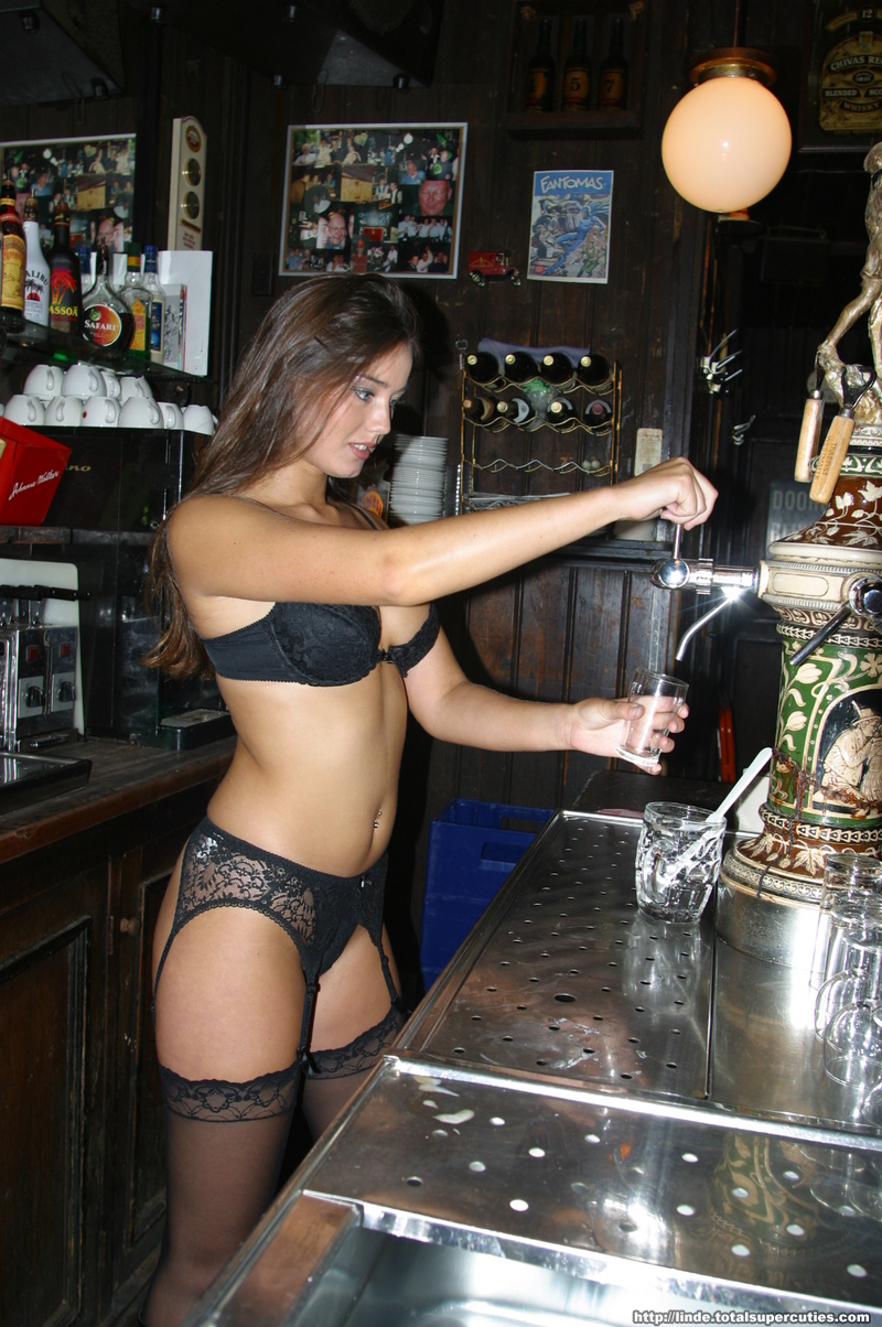 Hot nude sexy barmaids