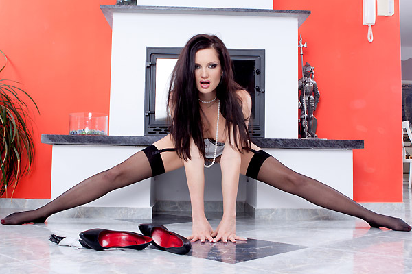 Sandra shine feet stockings