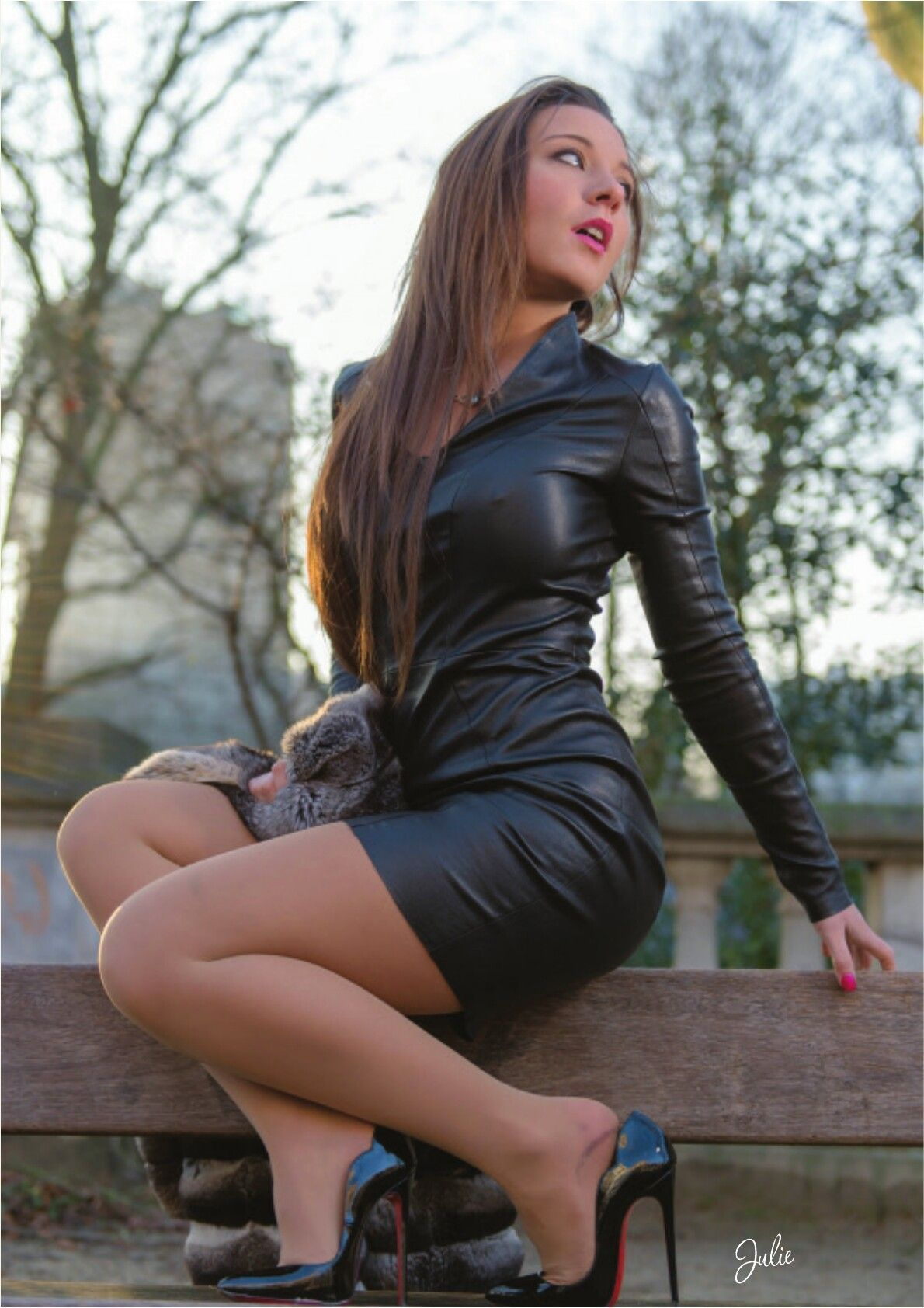 Desi babe shows fucked nude