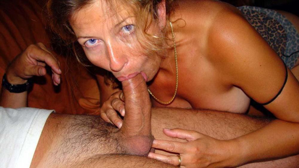 Wife bucket amateur milf blowjob