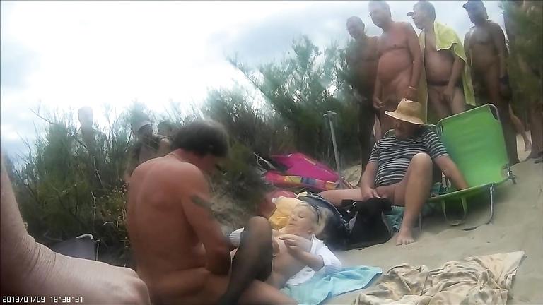 beach sex voyeur Nude