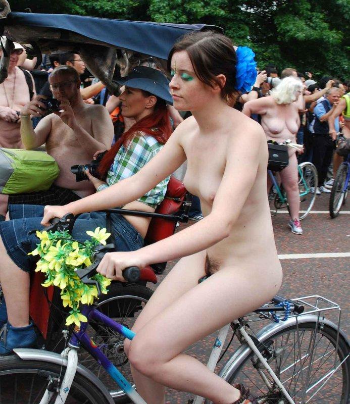Naked bike ride london girls