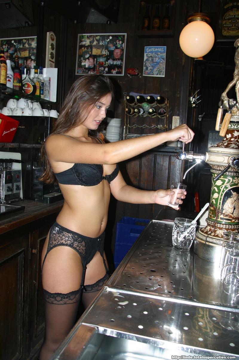 Hot nude sexy barmaids