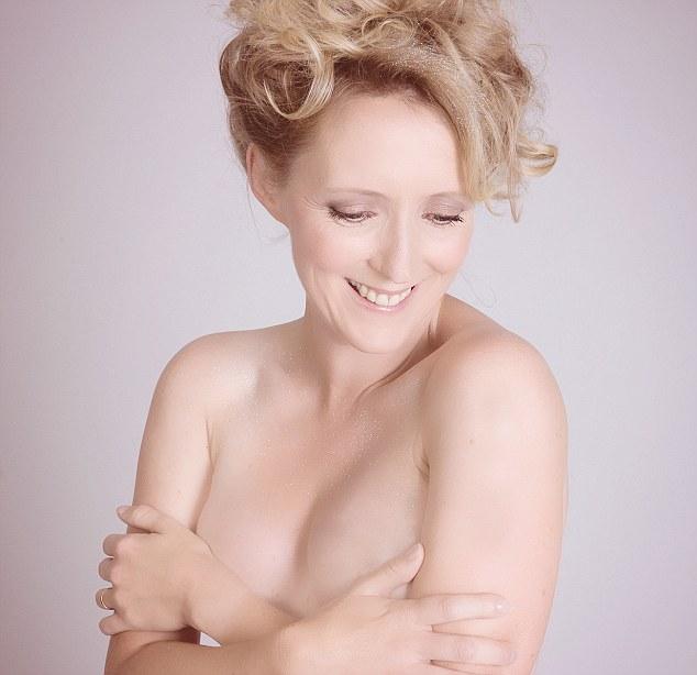 Rachel milk bath nude