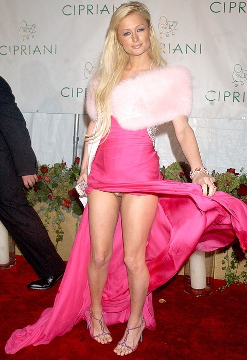 Paris hilton no panties
