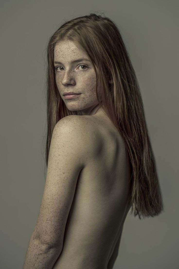 Nude girl freckles