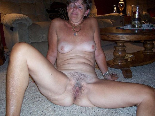 Naked mature women over 70 nude