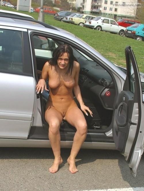 Passenger seat nude