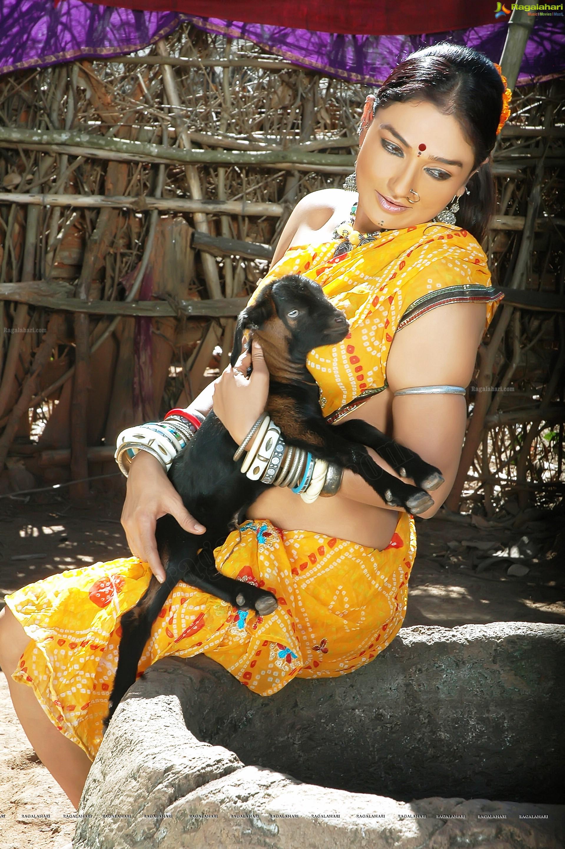 Actress ramya sri