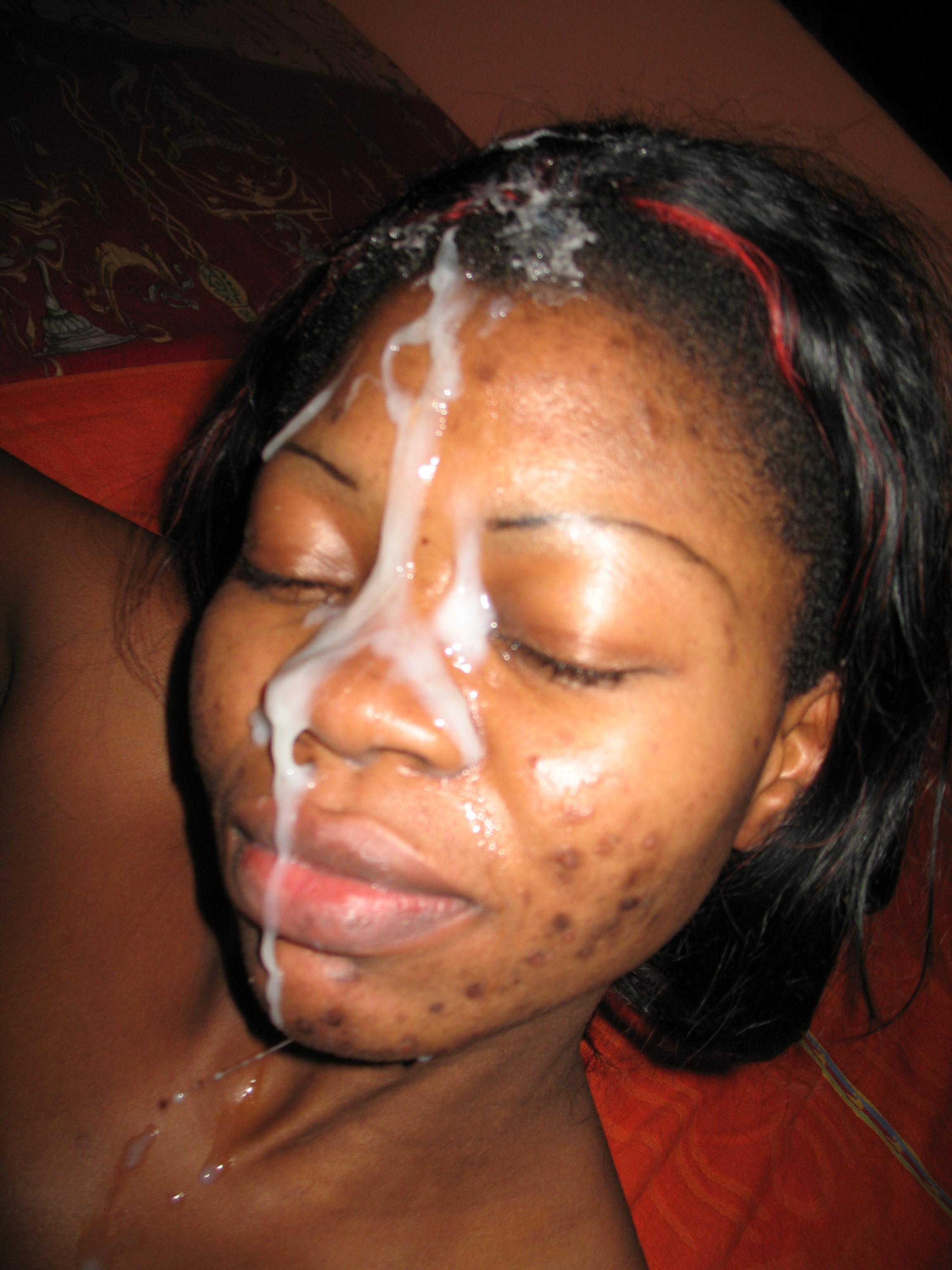 Homemade black girl cum facial