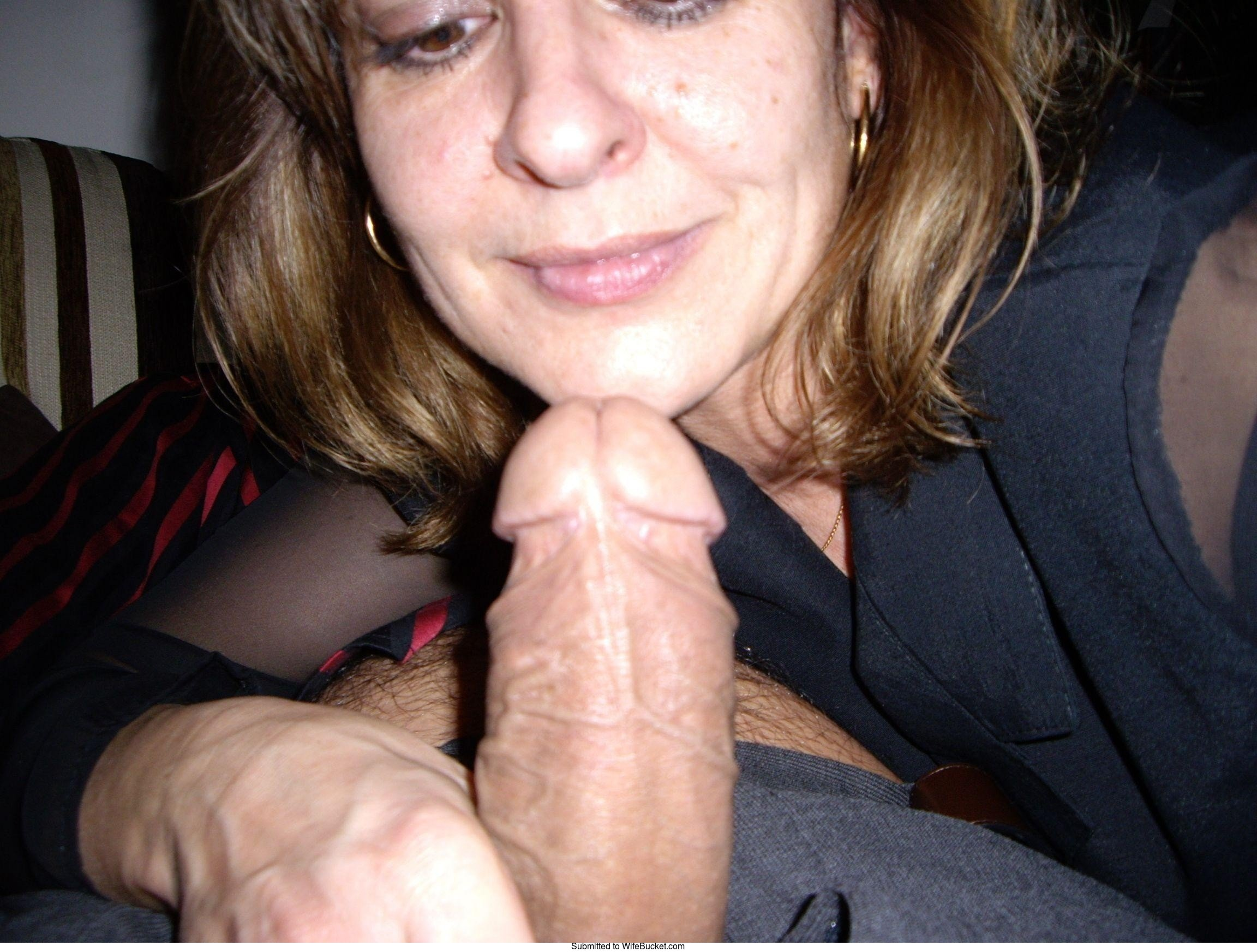 Wife bucket amateur milf blowjob
