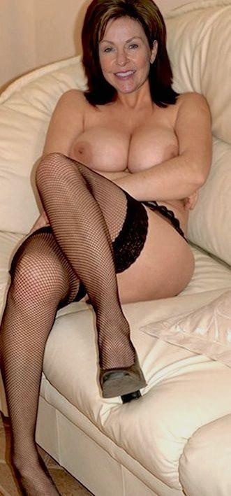 Hot nude mature women milfs