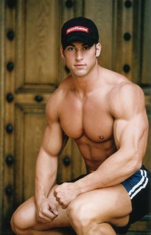Big arm muscles hunk
