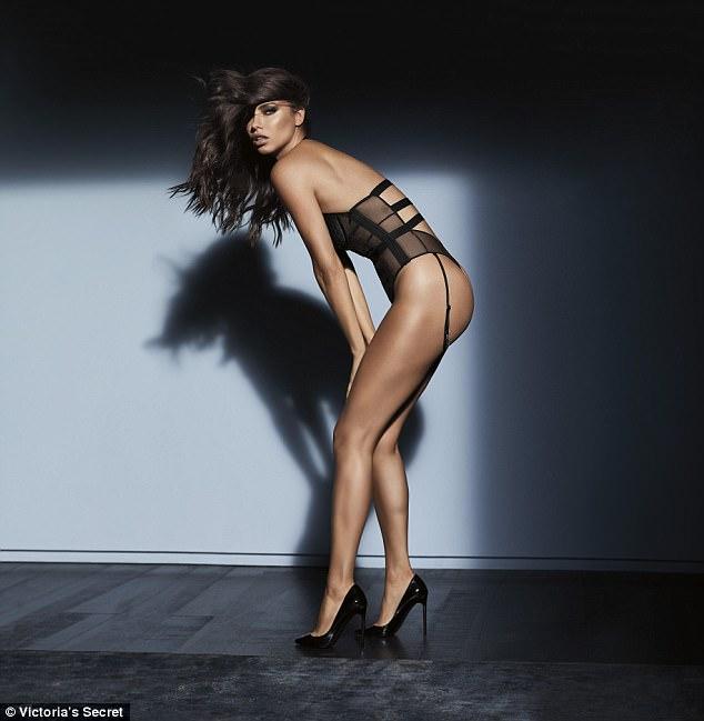 Victoria secret model alessandra ambrosio nude