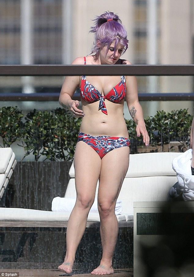 Kelly osbourne bikini