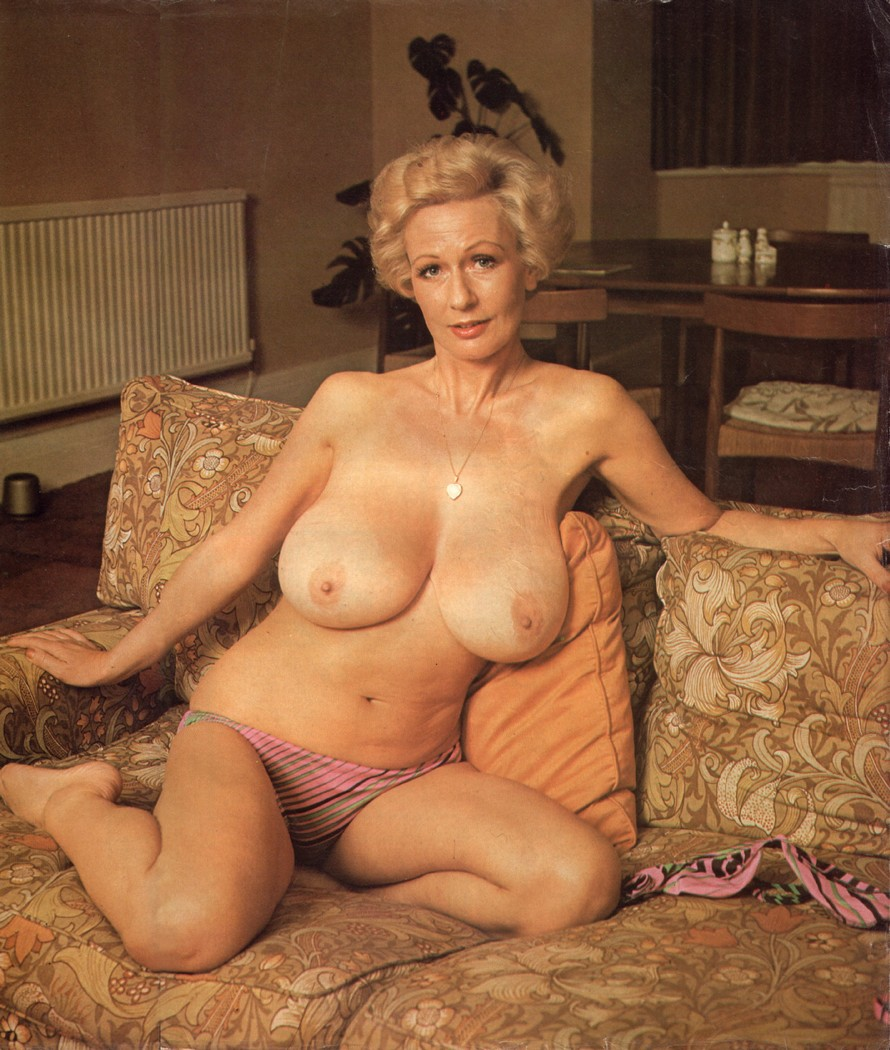 Nude mature german milf