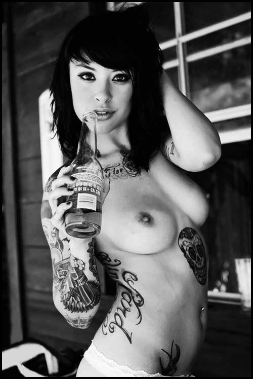 scene emo girls tattoos nude Sexy