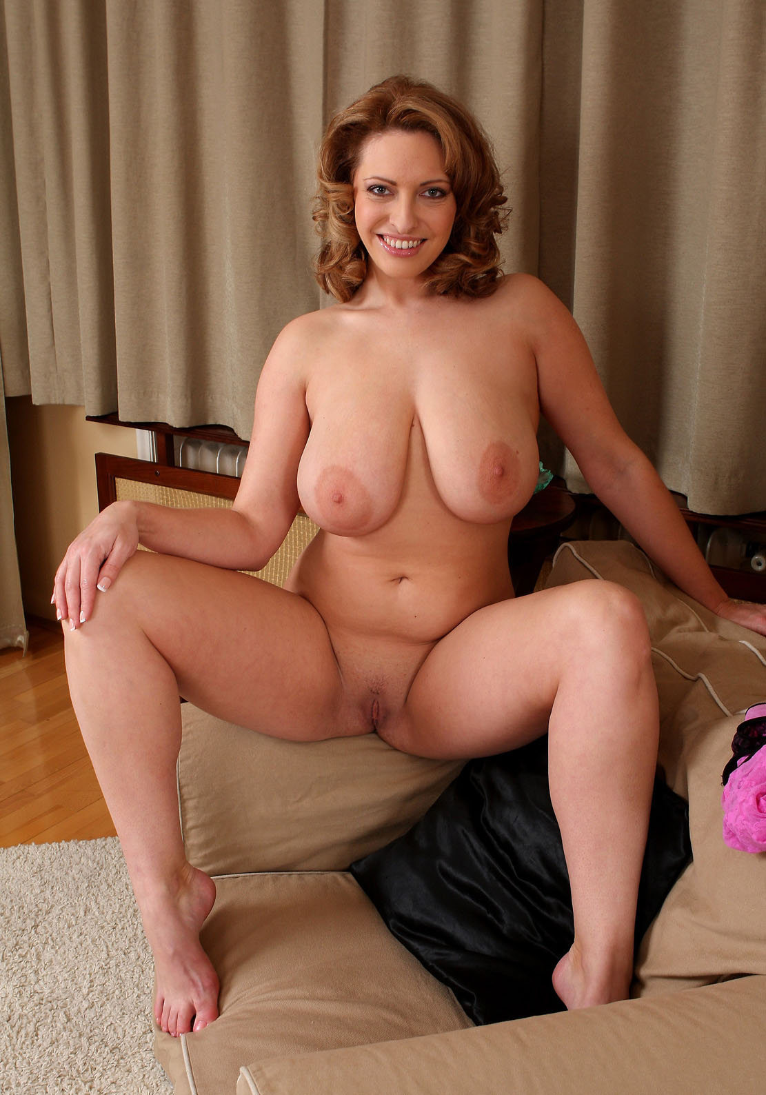 Nudemilf Hot Naked