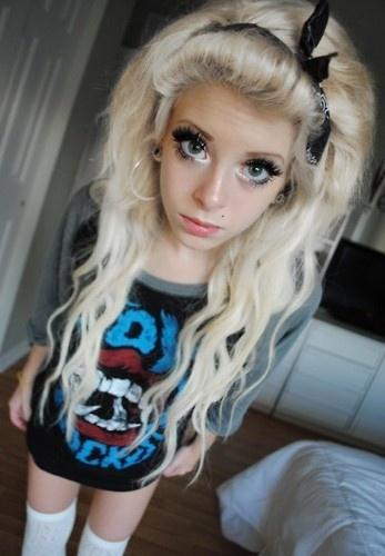 emo teen selfies Blonde