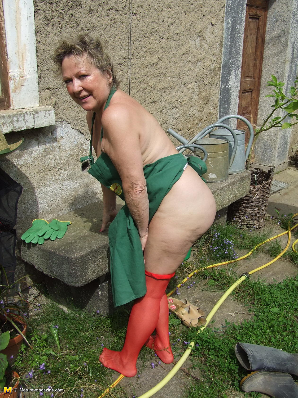 Photos of naked grannies in the garden