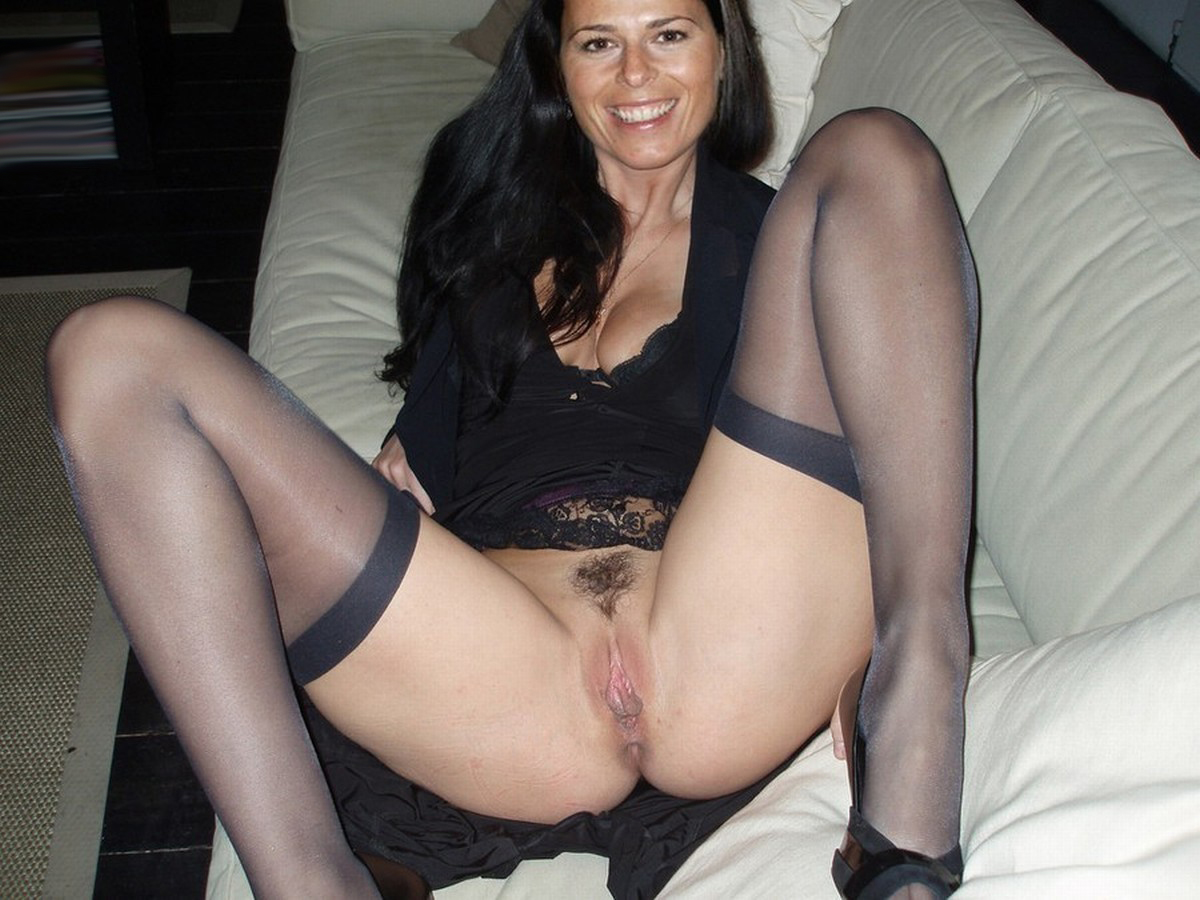 Nasty mature amateur wife nude
