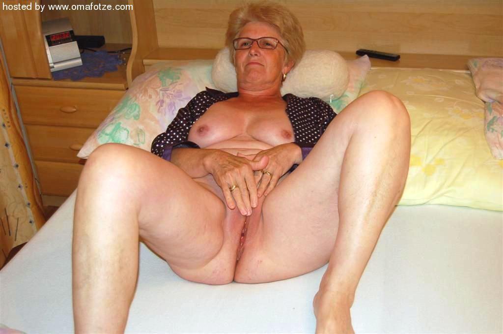 Hot sexy mature granny sex