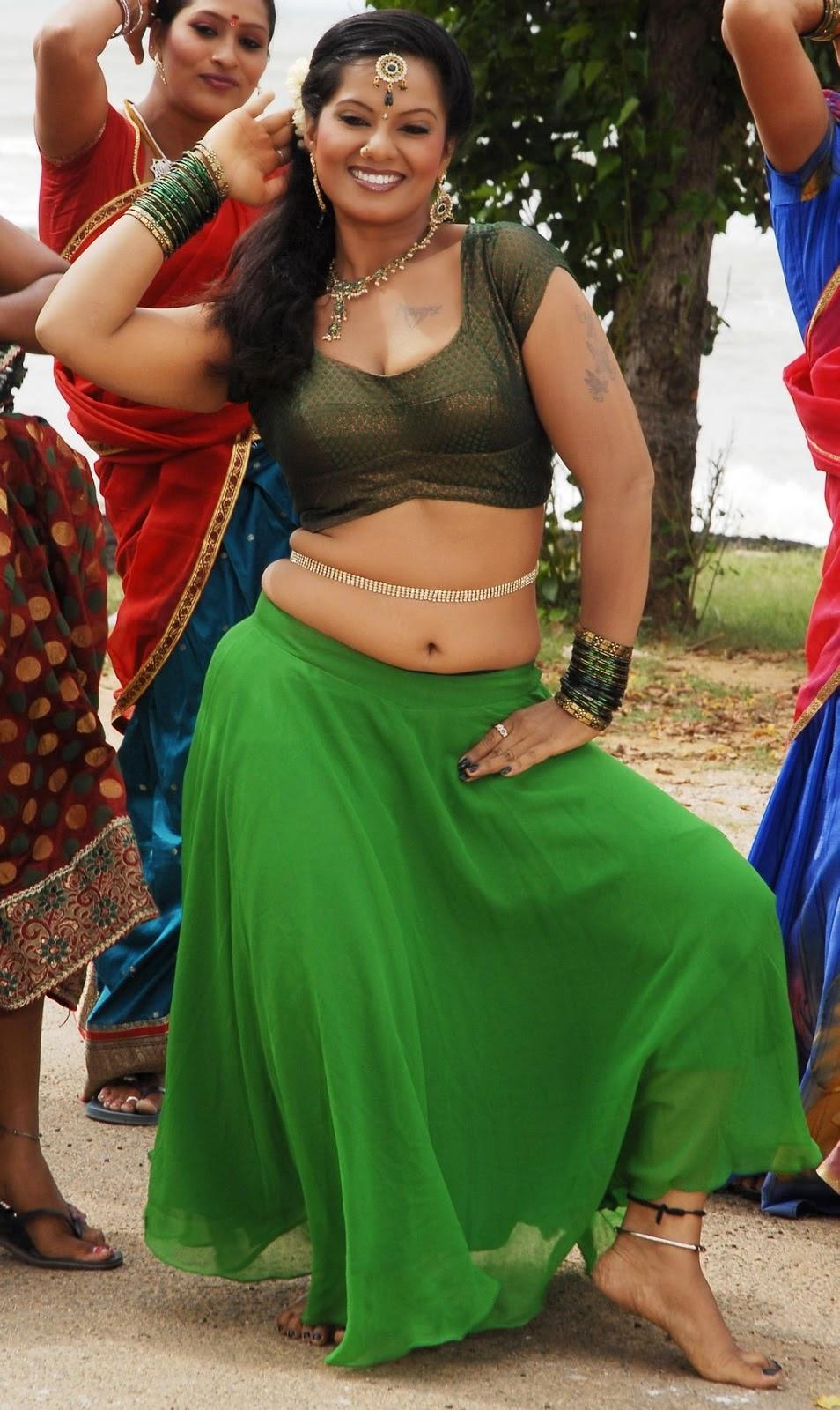 Tamil serial actress gayathri hot
