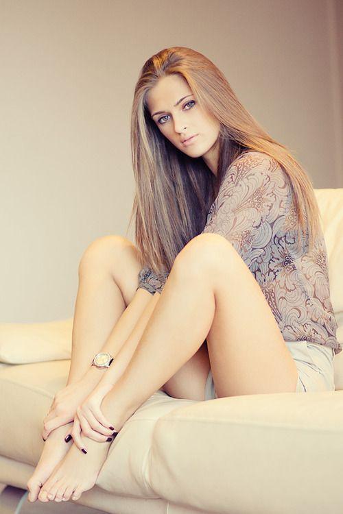 Beautiful women with pretty feet